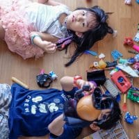 Study Shows - Having Fewer Toys Makes Children More Imaginative and Intelligent
