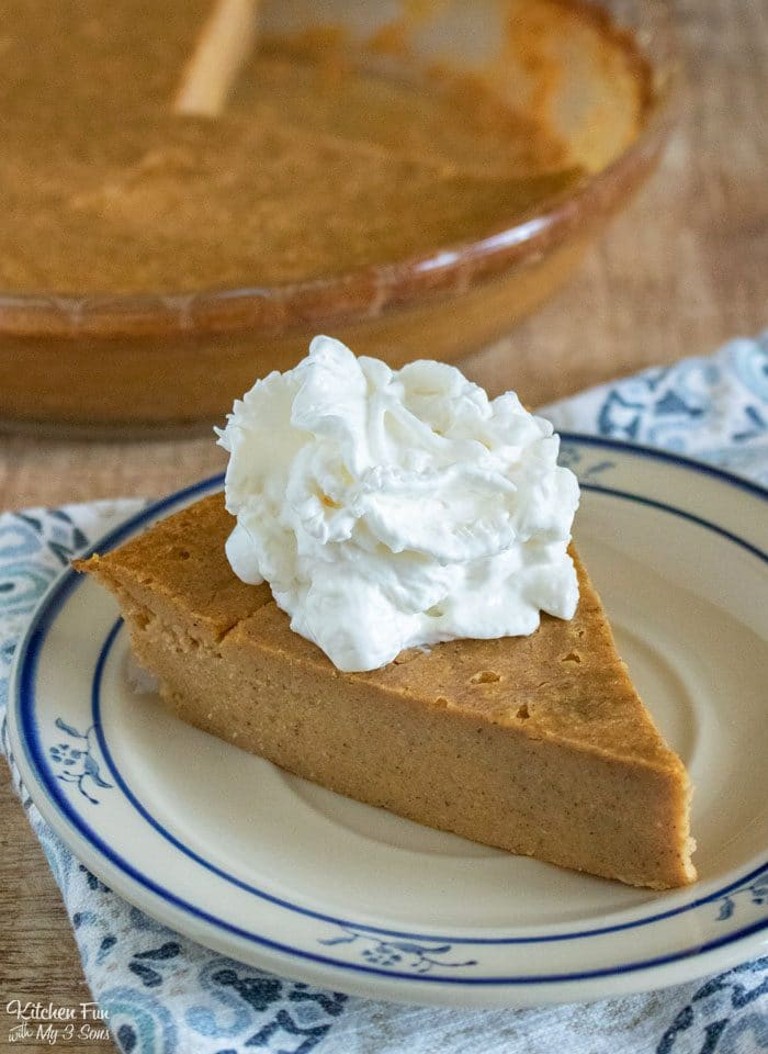 Crustless Pumpkin Pie is a super easy Thanksgiving dessert recipe with less carbs and calories. It tastes amazing and everyone can enjoy it.