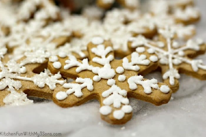 Close up decorated gingerbread snowflake cookie
