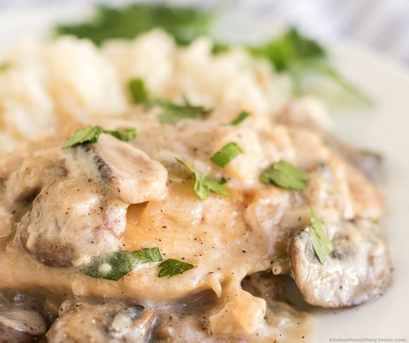 upclose of Champagne Chicken