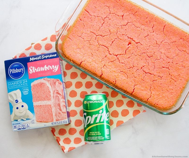 2 ingredient cake with ingredients