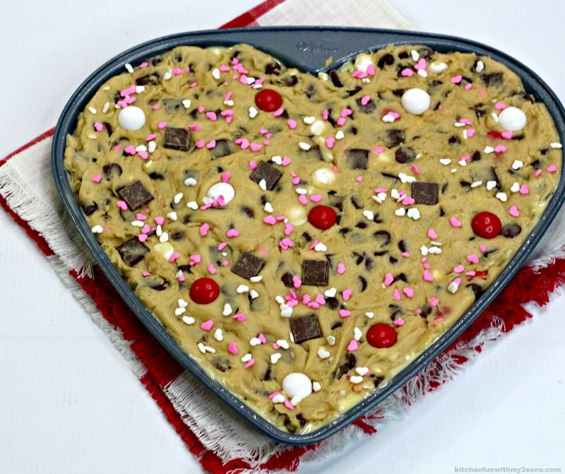 cookie heart cake in process
