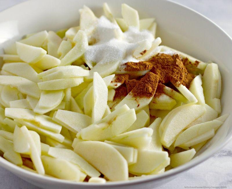 apple in a bowl for apple crisp