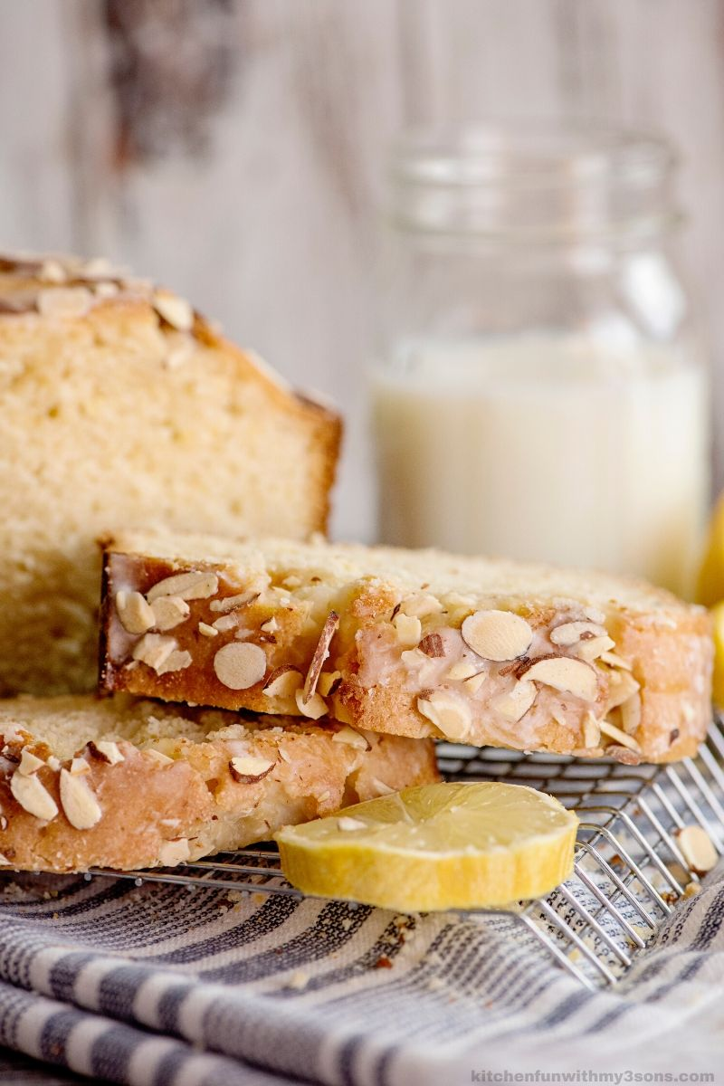Almond Lemon Bread slices