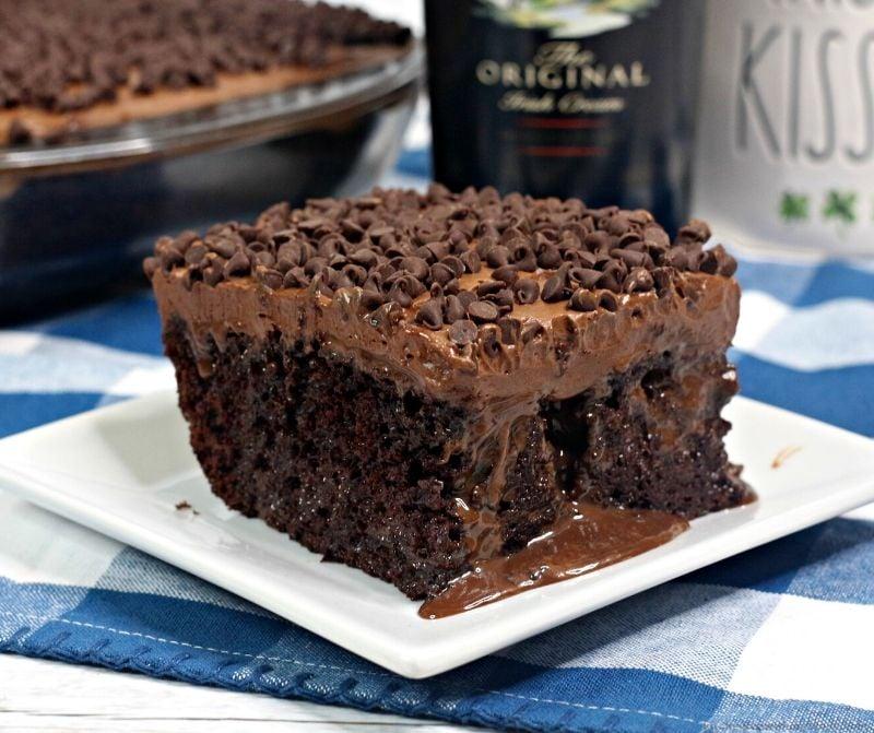 Bailey's Irish Cream Poke Cake Recipe