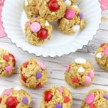 Valentine's Day Oatmeal Bites Recipe for pinterest
