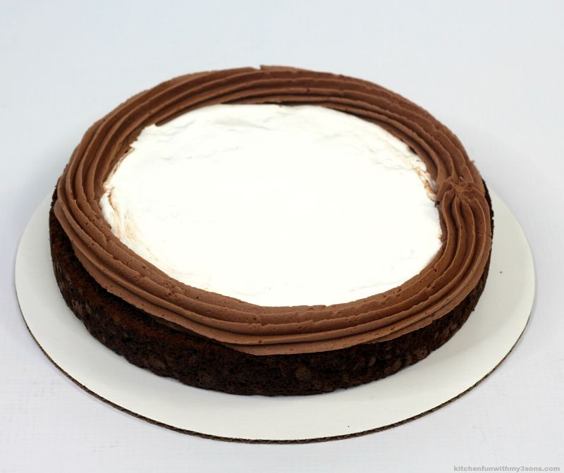 marshmallow creme in chocolate frosting