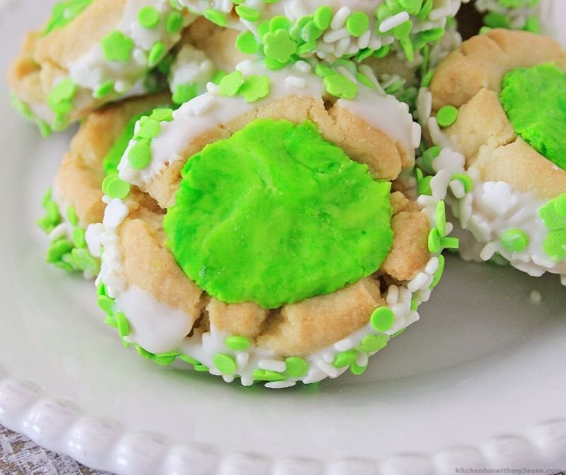 thumbprint st. patrick's day cookies