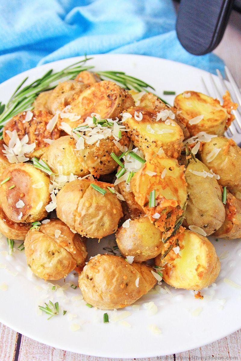 Air Fryer Rosemary Roasted Potatoes