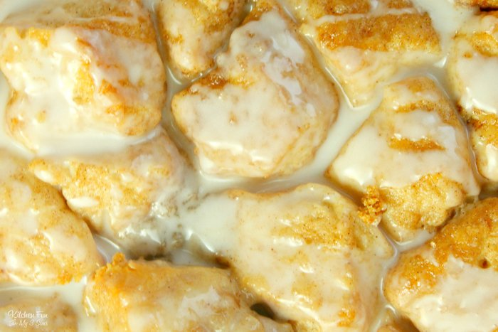 Cinnamon Roll Bites are the best breakfast recipe ever. Use canned biscuits and a simple homemade glaze to make this in under half an hour.