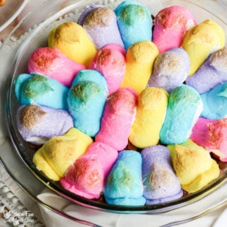 Peep Smore Dip is the easiest Easter dessert that is colorful, tasty and is loved by everyone. You only need two ingredients and your dish for Easter is ready to go.