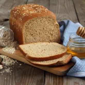 Homemade Honey Oat Bread Recipe