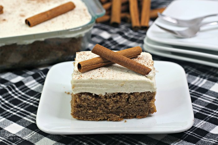 Cinnamon Depression Cake - or some call it Crazy Cake - is a delicious dessert with zero eggs, milk or butter.