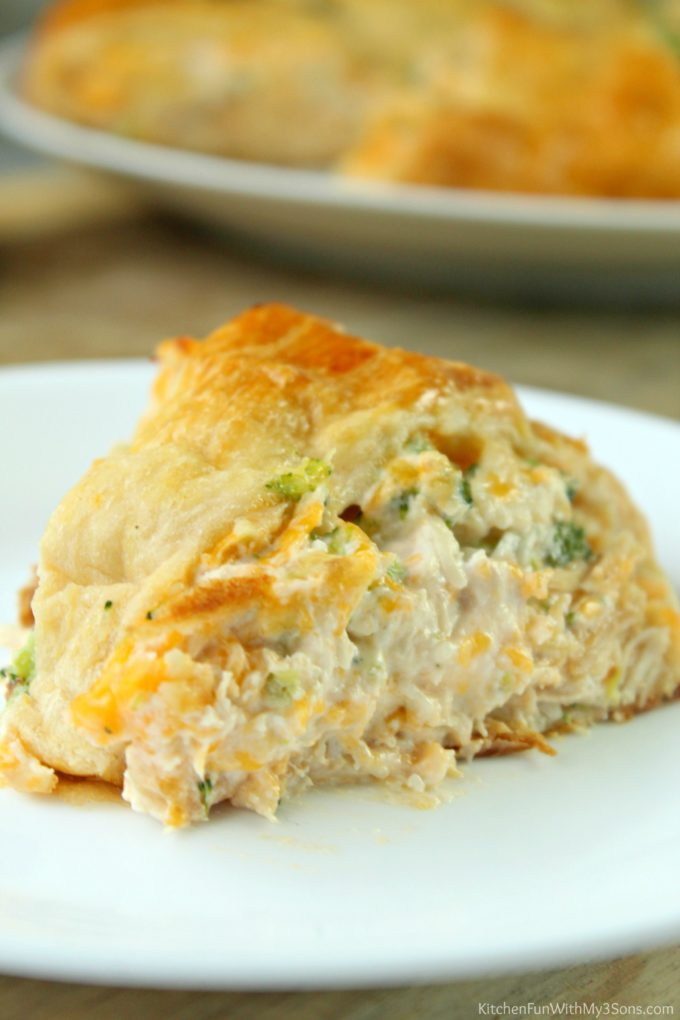 Chicken and Broccoli Crescent Ring