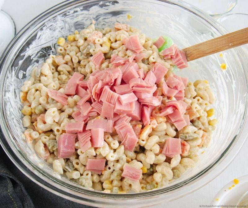 ham on noodles in bowl