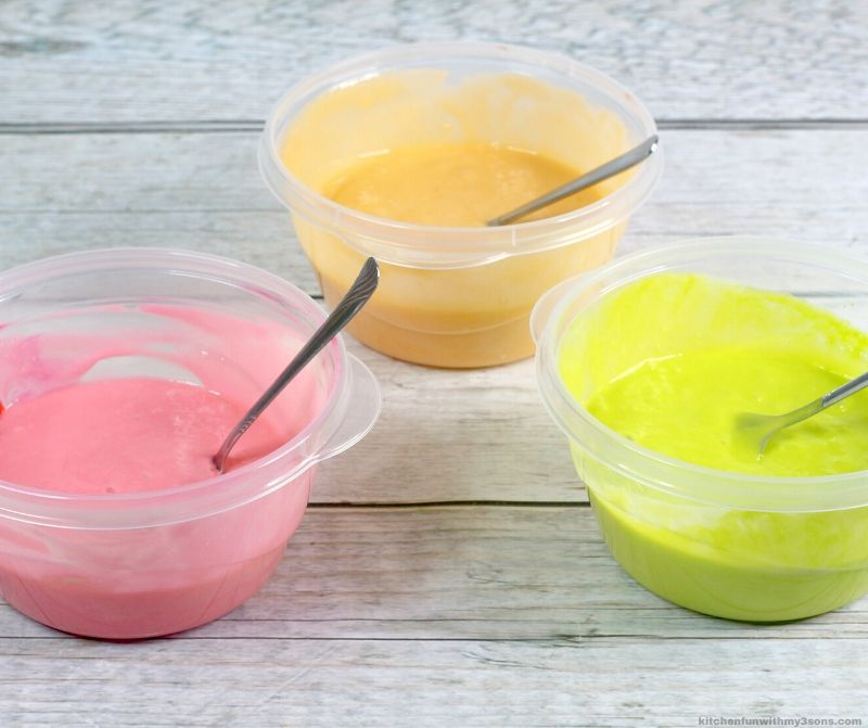 colored cake batter