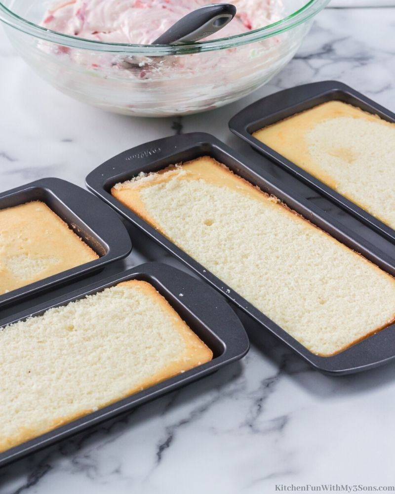 cakes in loaf pans