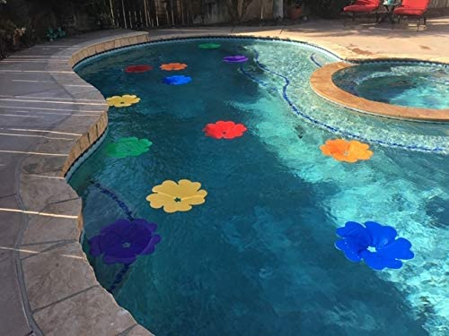 Solar Flowers for the Pool
