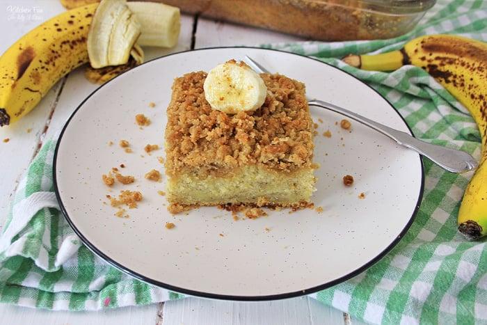 Banana Crunch Cake