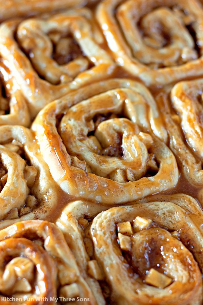 closeup of a pan of Caramel Apple Cinnamon Rolls