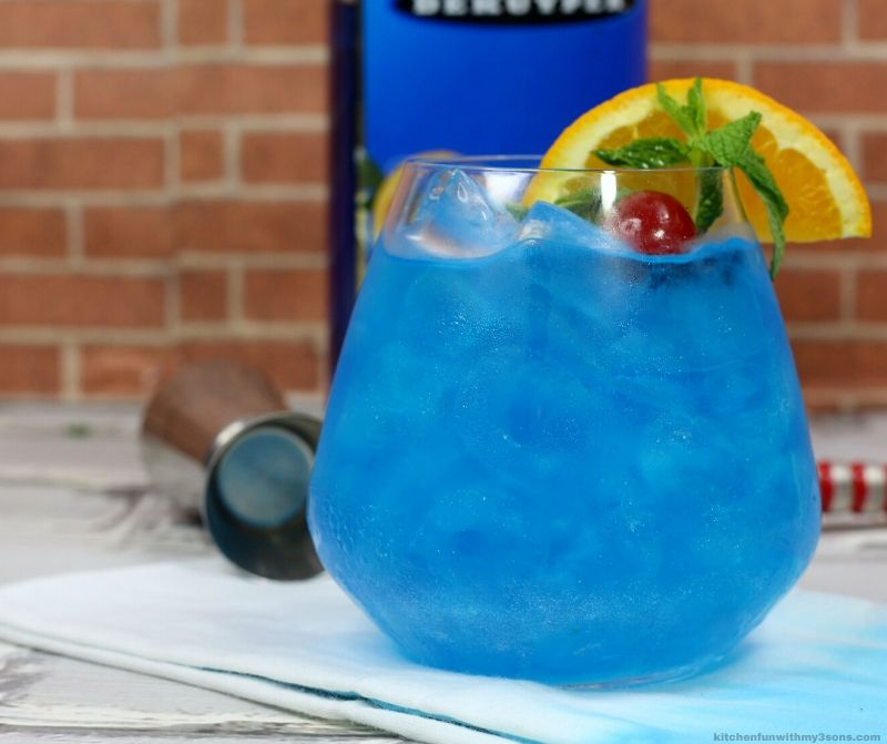 blue shoe cocktail