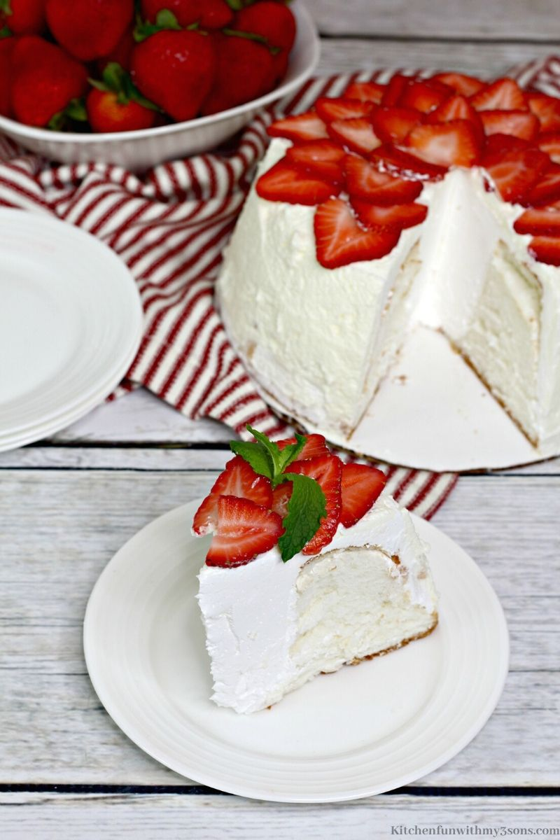 instant pot angel food cake on a plate