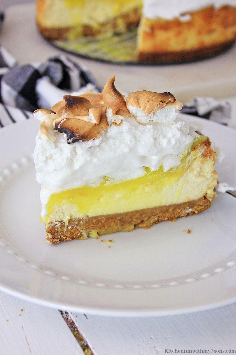 Lemon Meringue Cheesecake slice