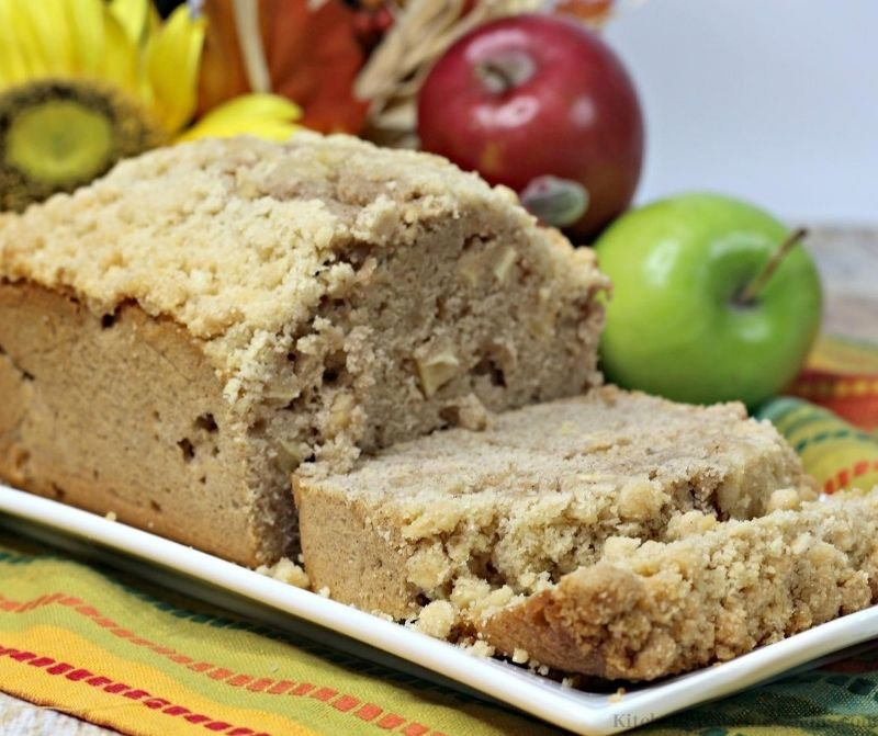 Apple Bread with Crumb Topping