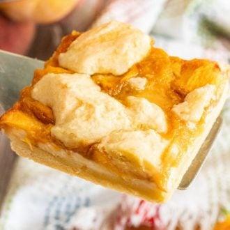 Easy Peach Pie Bars Recipe