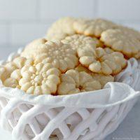Shortbread Cookies - Only 5 Ingredients!