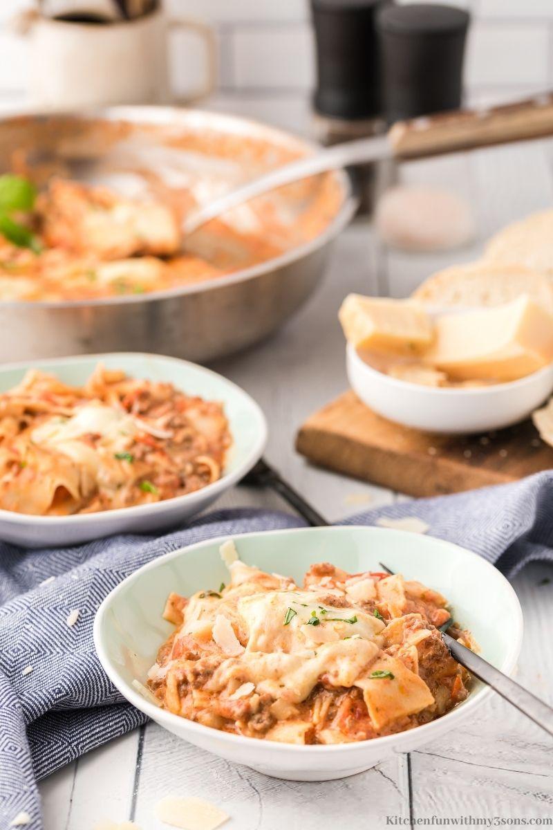 The Easiest Skillet Lasagna Recipe in serving bowls.