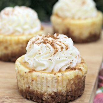 Mini Eggnog Cheesecake