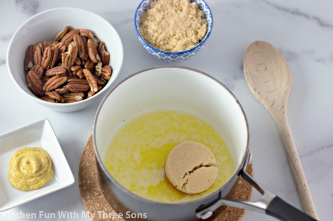 ingredients to make the pecan topping