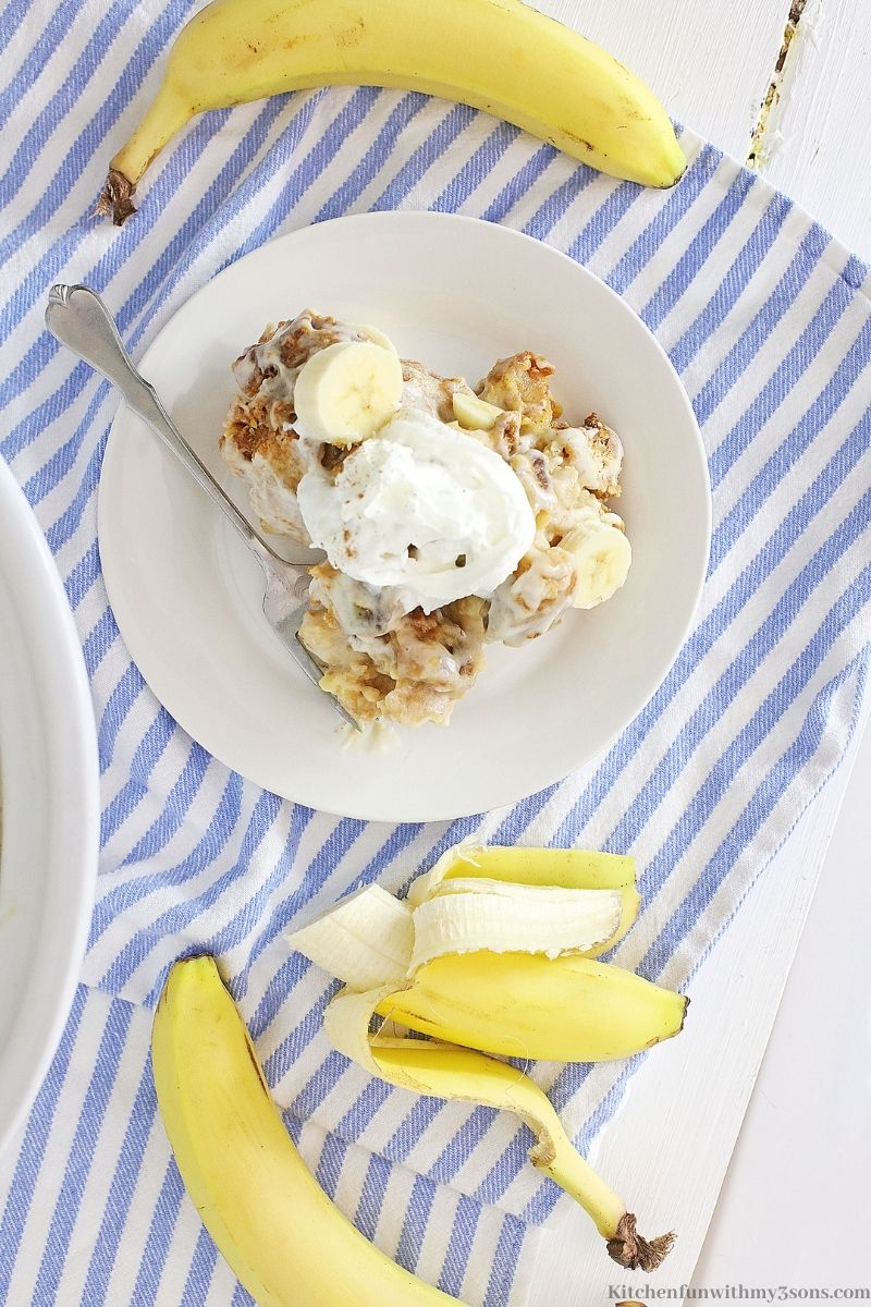 Banana Cream Slow Cooker Bread Pudding in a serving bowl.