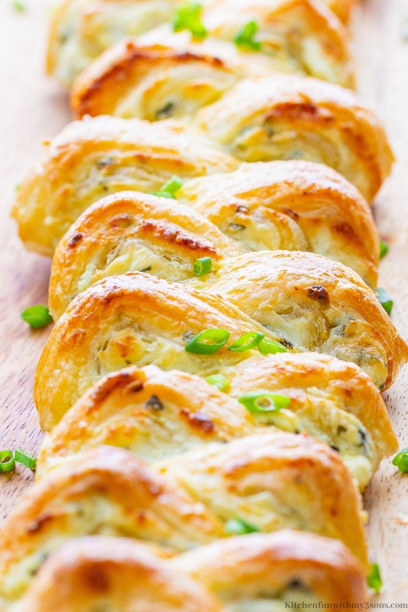 An up close image of the Puff Pastry Cream Cheese Appetizer.