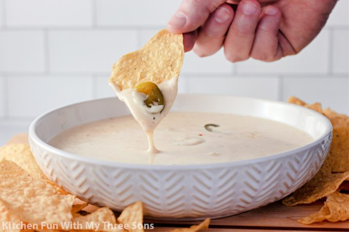 The Best White Queso Dip.