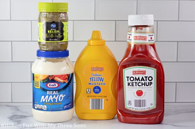 ingredients to make homemade in-n-out sauce.