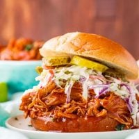 BBQ Pulled Chicken (Slow Cooker)
