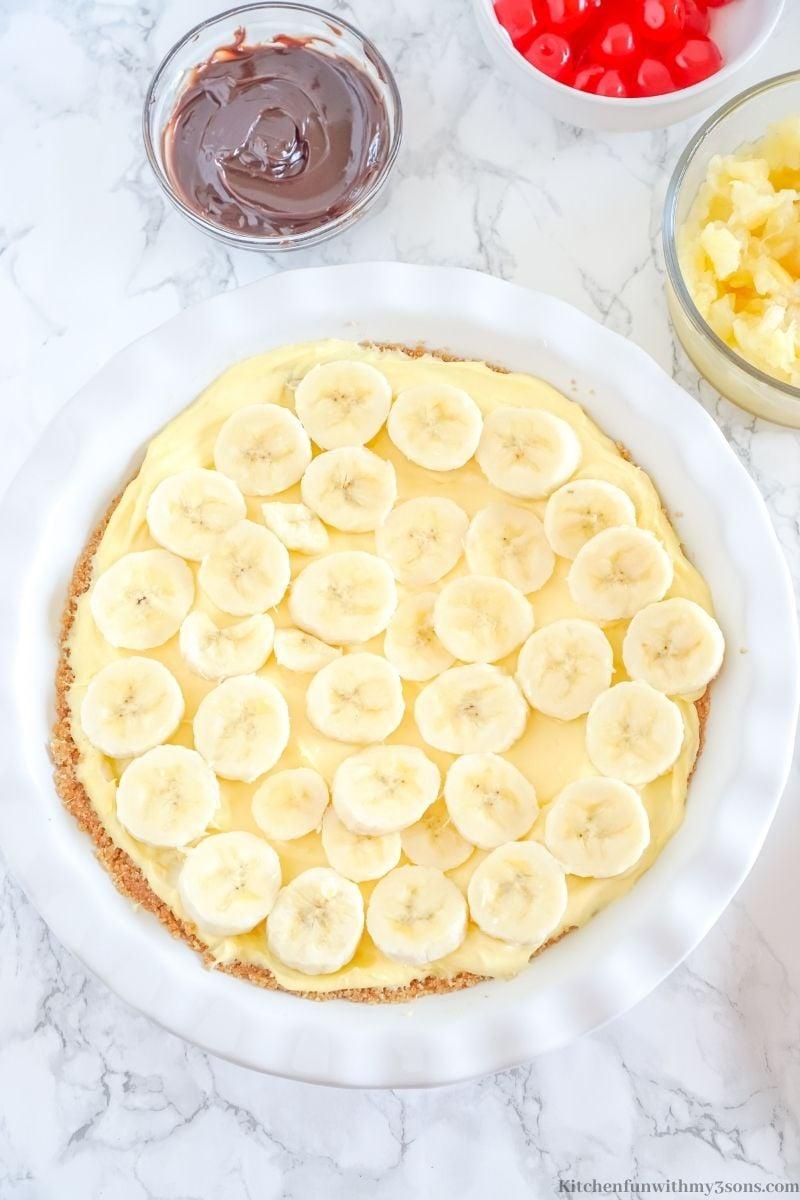 Adding the layer of banana.
