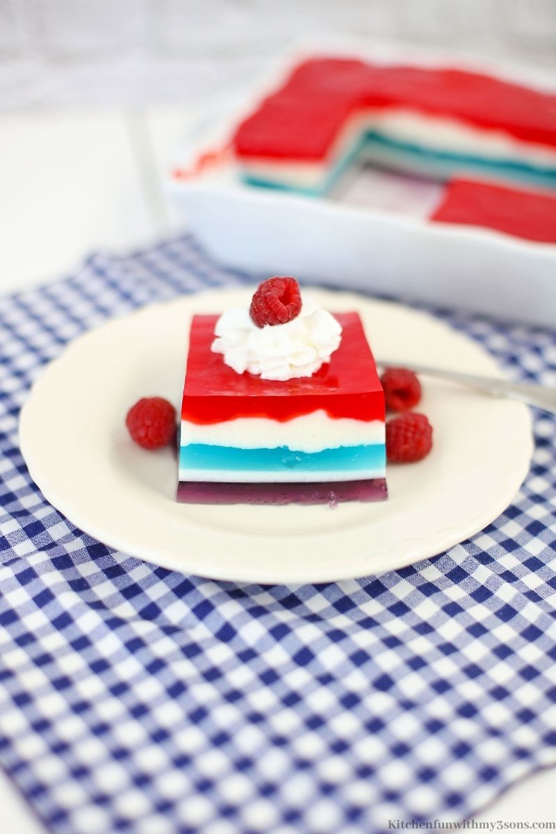 The jello on a serving plate.