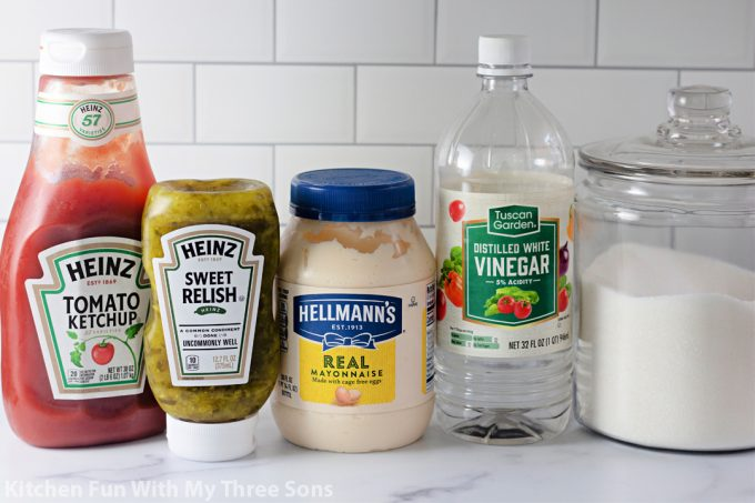 ingredients to make in-n-out sauce.